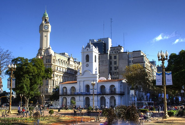 Buenos Aires Wikipedia Commons by SMasters