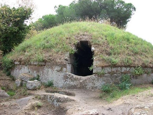 Necrópolis de Banditaccia, túmulo.