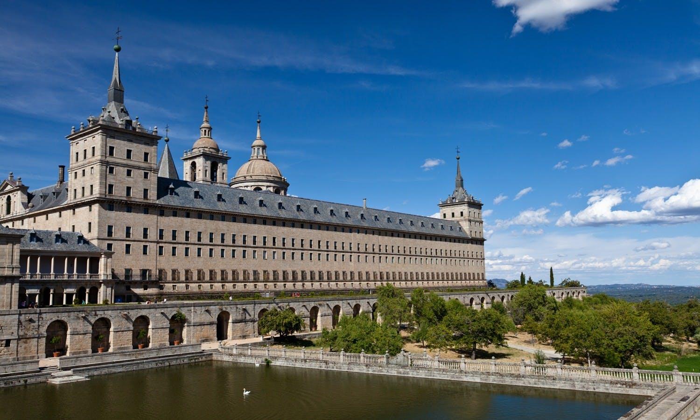 Tour Full Day a El Escorial, el valle de los caídos y Toledo