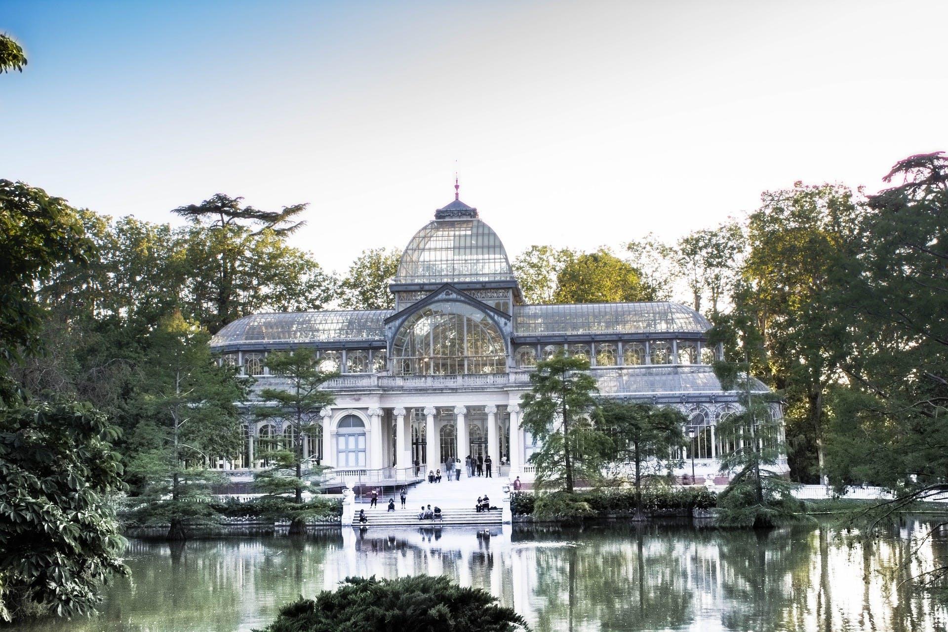Palacio Real de Madrid y el parque del Retiro guiaron tour-2