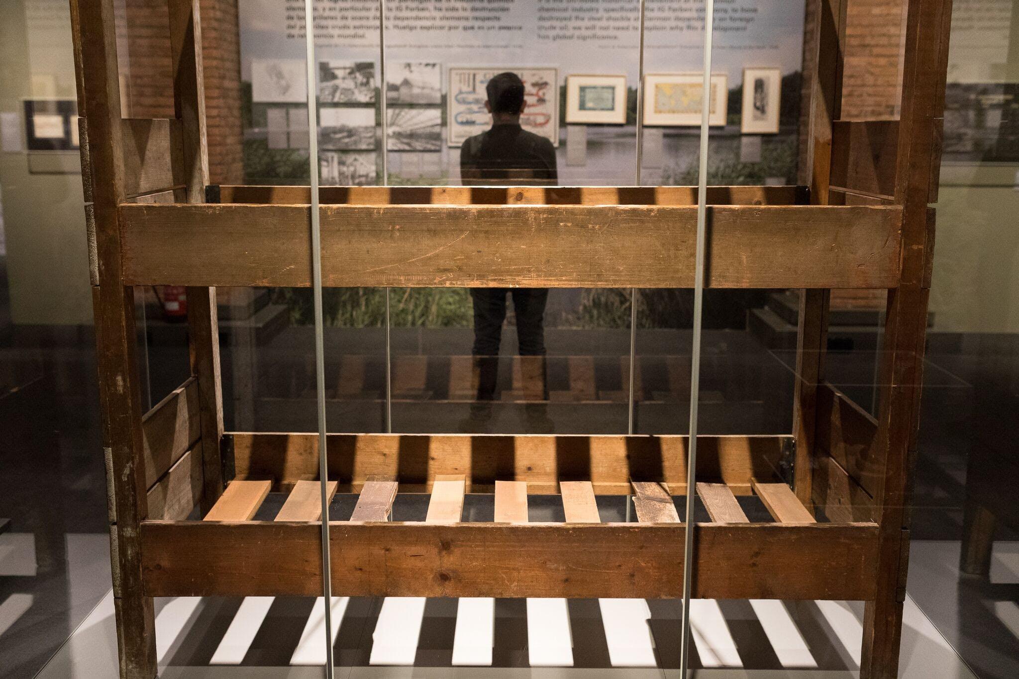 Auschwitz exposición Madrid 1 jpeg