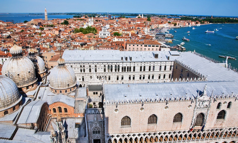 Venice cityscape - view from Campanile di San Marco_Fotolia_66230034.jpg