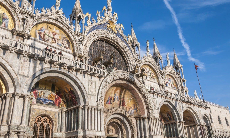 Venice, Italy. Saint Mark's Basilica and Doge's Palace © mgsanpedro_Fotolia.jpg