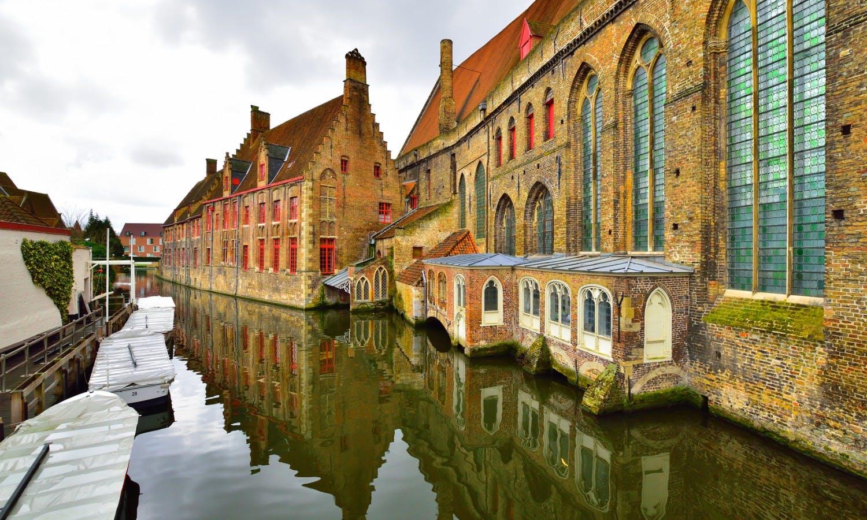 Brugge architecture.jpg