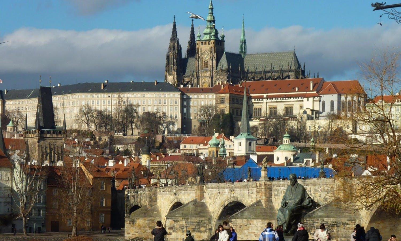 Excursión de día completo Praga y crucero por el río lunch1.jpg