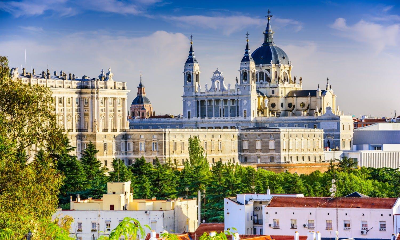Real Palacio de Madrid saltar-la-líneas-entradas y visitas guiadas de la visita-1
