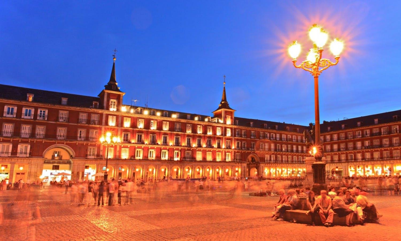 Visita guiada nocturna en Madrid-1