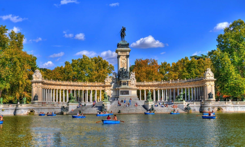 Retiro Park Madrid 3.jpg