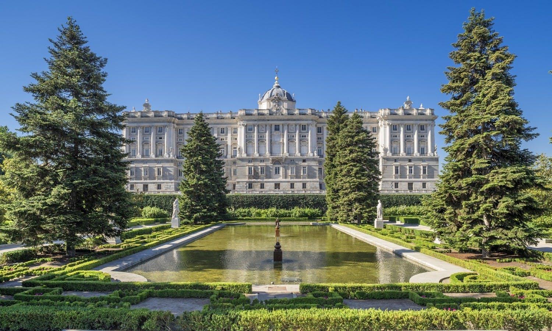 El Palacio Real Madrid 2 jpg