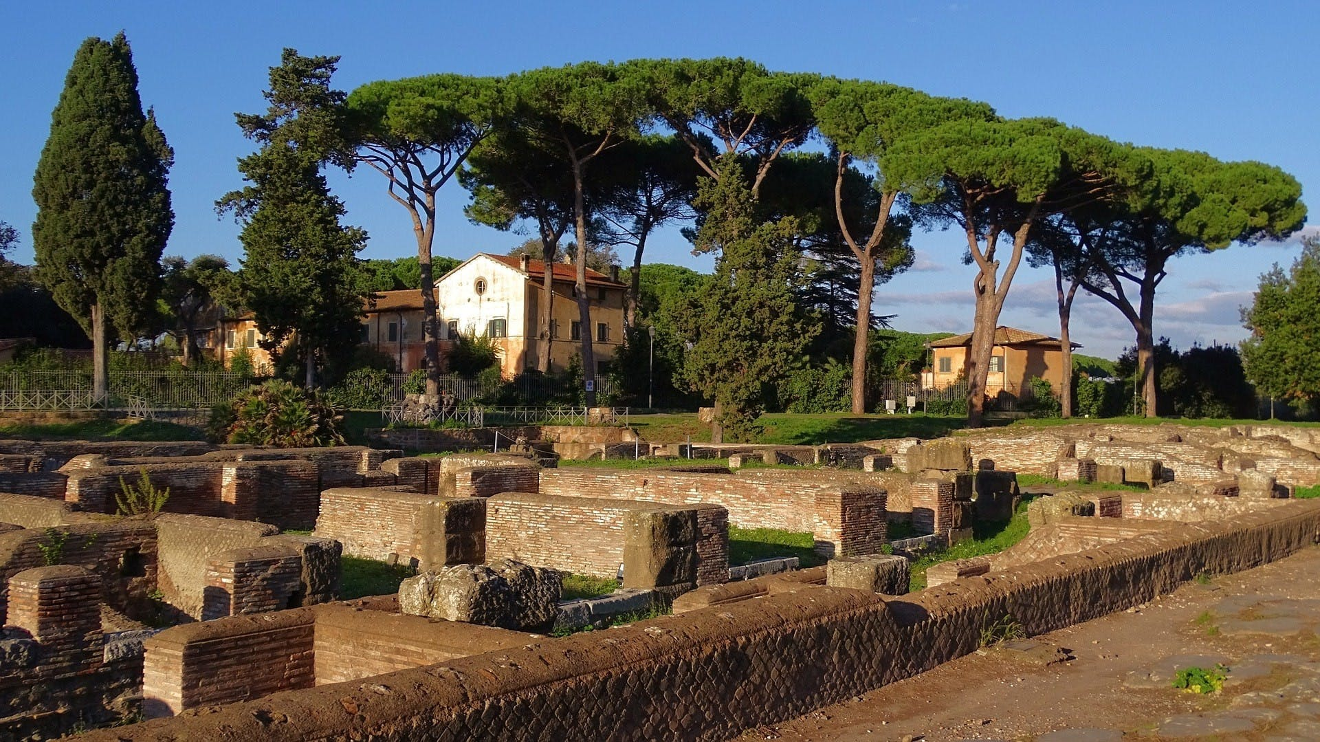 Ancient Ostia guided tour-3