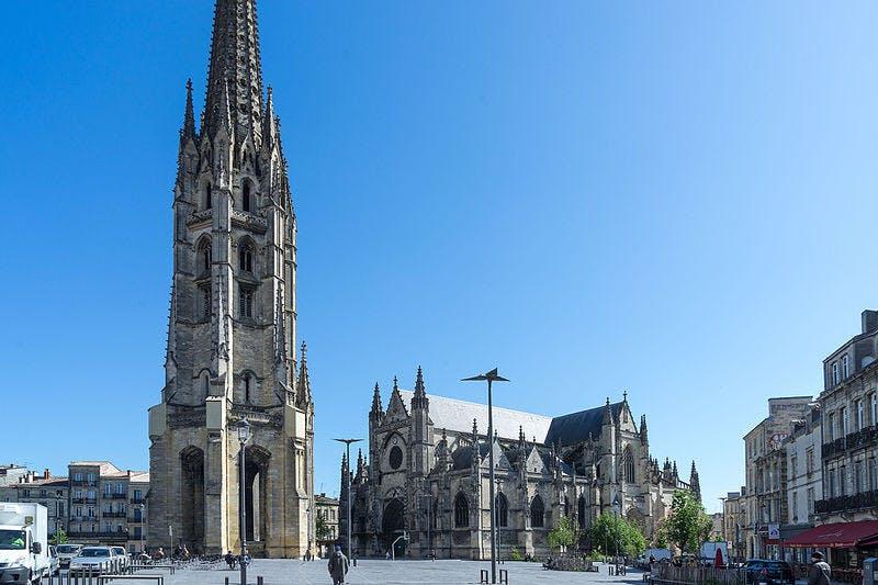 Tour por la ciudad extensa guía Bordeaux en un vehículo eléctrico-0