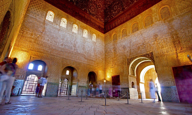 Guiada de la Alhambra de Granada de Malaga-2