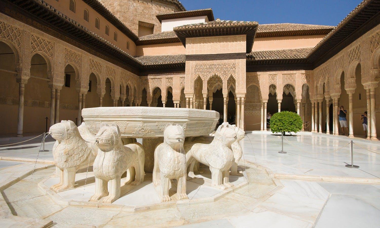 Guiada de la Alhambra de Granada desde Málaga-5