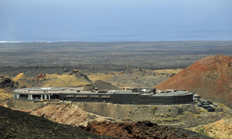Canarias Parque Nacional de Timanfaya 2 jpg