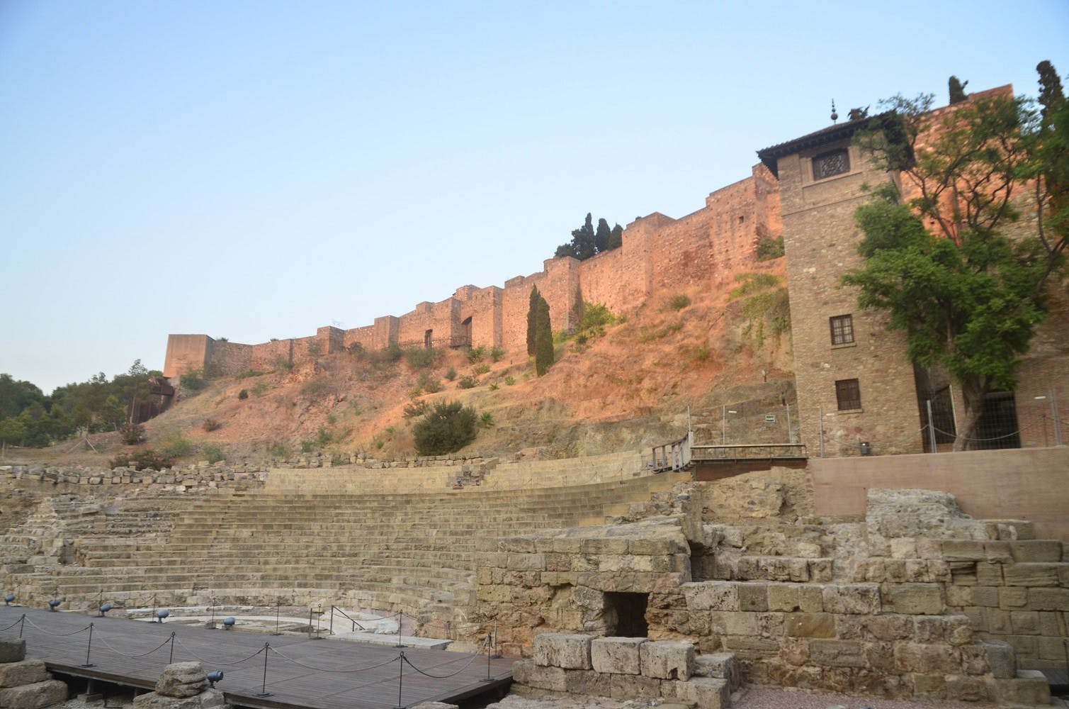 Teatro romano de Málaga 2 jpg