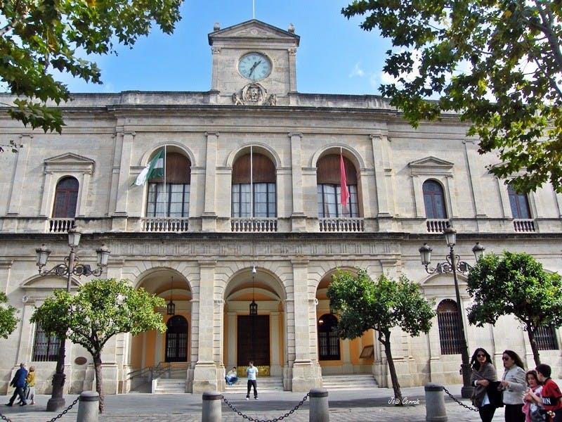 Paseo privado en centro de la ciudad de Sevilla-1