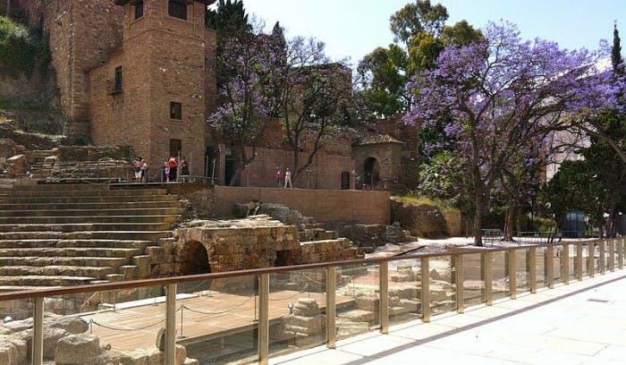 Visita guiada a la Alcazaba y el Teatro Romano de Málaga-0