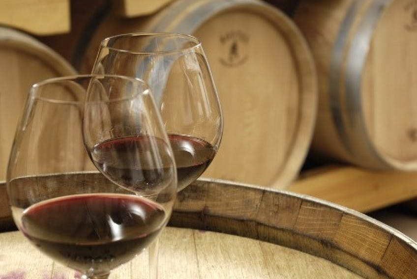 Oliva y cata de vinos en Les Baux de Provence-7