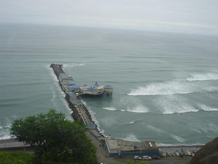 Recorrido turístico por la ciudad de Lima en autobús descubierto con excursión opcional a Callao